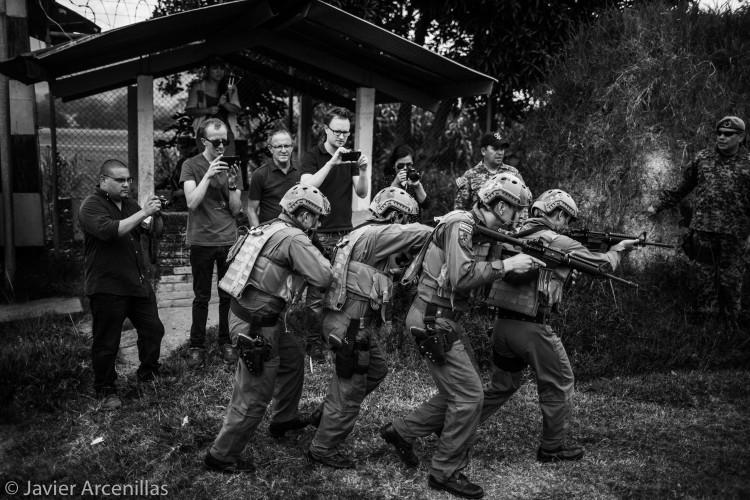 Entrenamiento del Comando Especial Antiterrorista CEAT